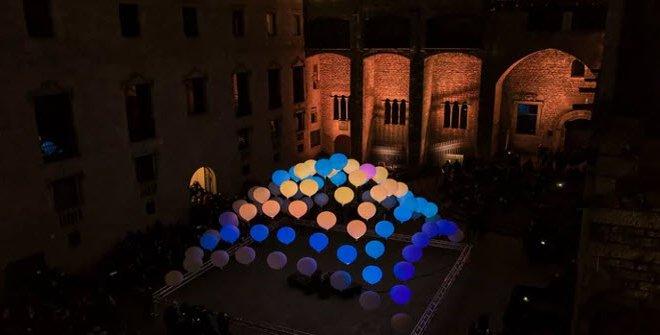 Constelaciones, en la plaza de la Villa de Madrid