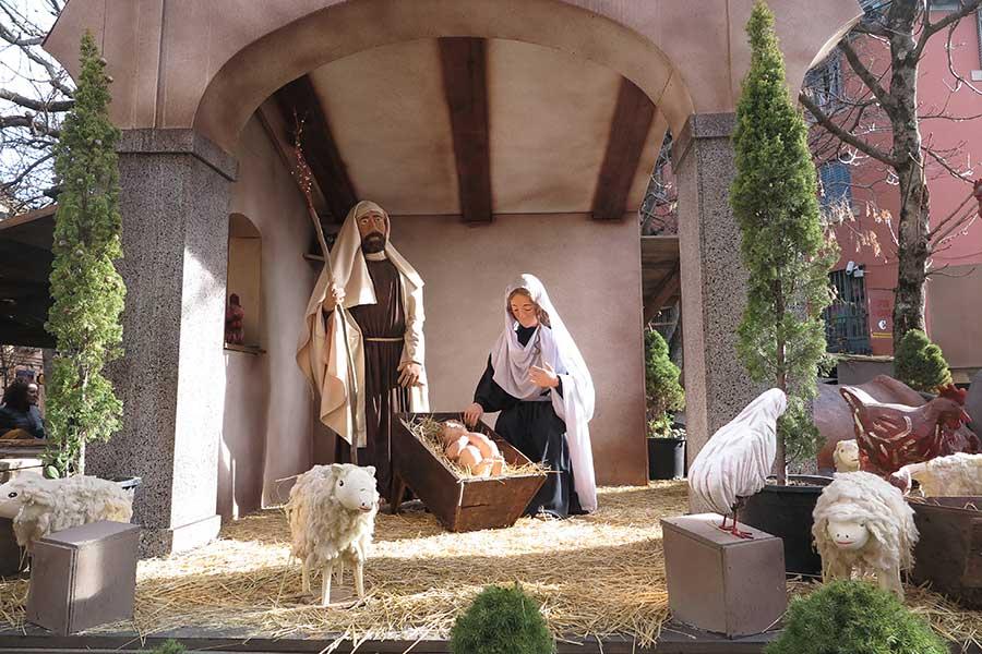 Bel n del escorial monumental y en el centro del pueblo - Portales de belen originales ...