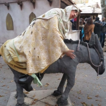 Figura con burro en el Belén de El Escorial