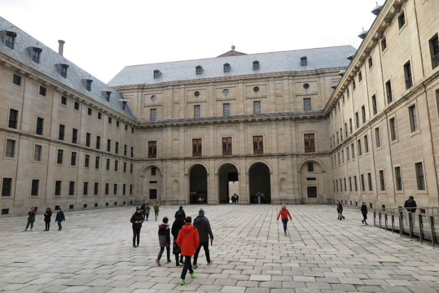 Patio del Monasterio de El Escorial