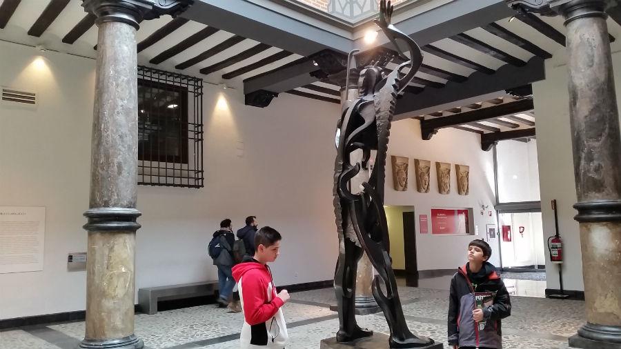 Visitamos el Museo Pablo Gargallo con los niños