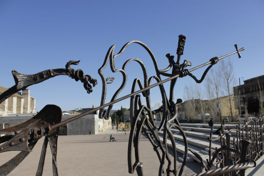 Escultura de San Jorge y el Dragón