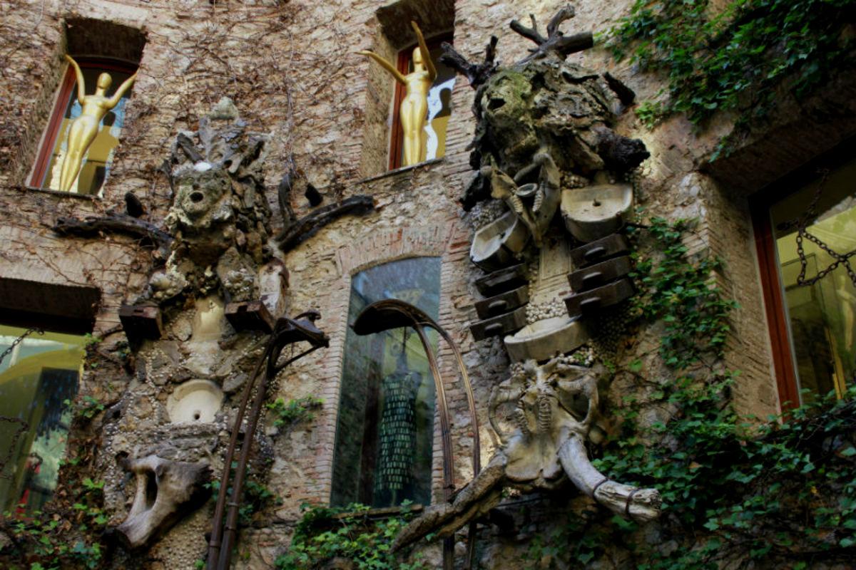 El Museo Dalí de Figueres es espectacular y su visita es más que recomendable para peques ;-)