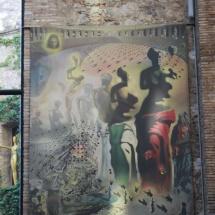 Museo Dalí Figueras: Venus de Milo con cara de Gala