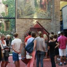 Museo Dalí Figueras: colas en el interior