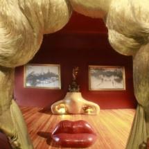 Museo Dalí Figueras: habitación Mae West