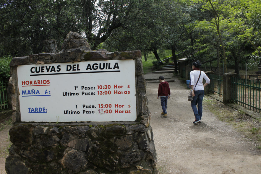 Horarios para visitar las Cuevas del Águila