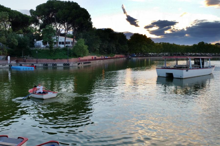 Plan para navegar con los peques por el lago de la Casa de Campo de Madrid