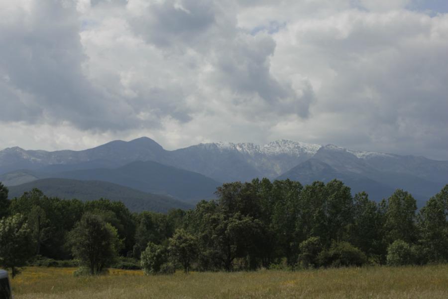 Sierra de Gredos desde las Cuevas del Aguila