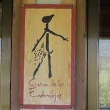 Logo de la Cueva de Los Enebralejos