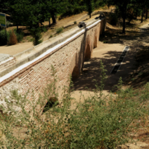 Acueducto restaurado de la Casa de Campo