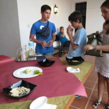 En Flamenco en el Patio hay aperitivos y refrescos para los niños