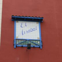 Calle del Arrabal llena de garitos