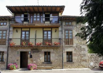 Casa Rural Corral Mayor, en La Serna, Cantabria