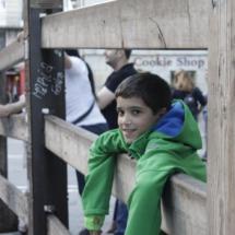 Paseamos, con los niños, por el recorrido de los encierros de Pamplona