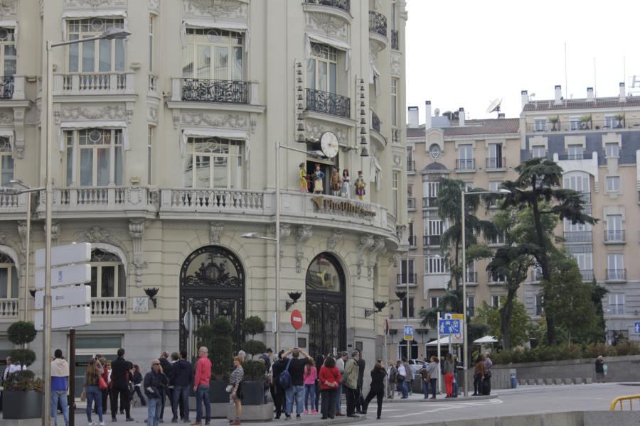Esquina del edificio Plus Ultra, donde está el carillón, en Madrid