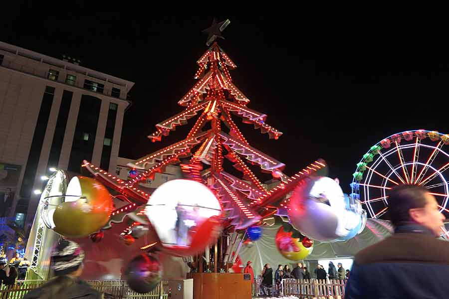 Navidad en Torrejón de Ardoz árbol giratorio