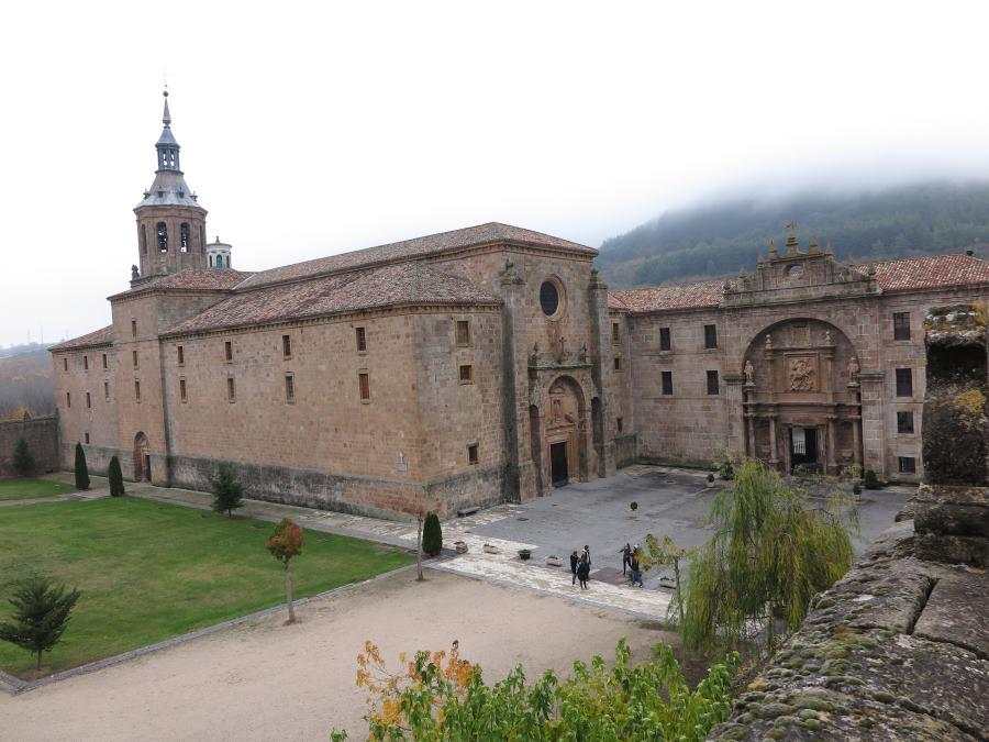 Vista del Monasterio de San Millán de la Cogolla