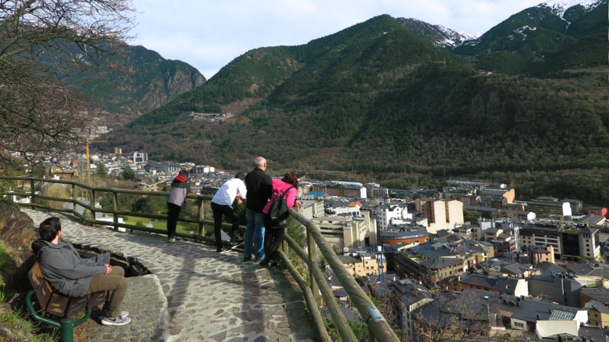 Ruta por el camino del Rec Solà, en Andorra La Vella