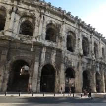 Exterior del anfiteatro romano Les Arènes, en Nîmes