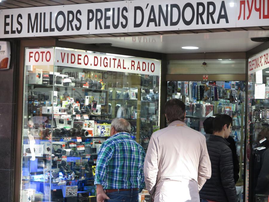 Tienda de la calle comercial de Andorra la Vella