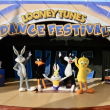 Looney tunes dance festival