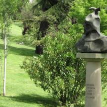 Busto de Jaime I en el Parque del Oeste de Madrid