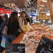 Mercado semanal de Arles