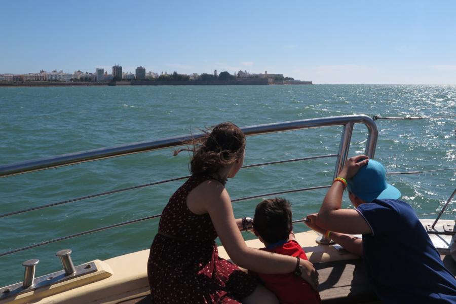 Recorremos la Bahía de Cádiz en barco