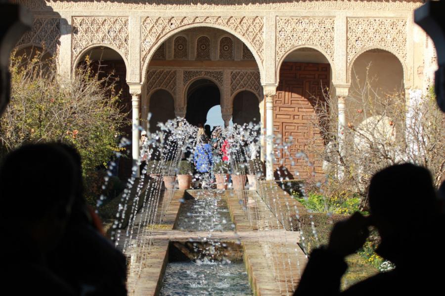 Trucos para visitar La Alhambra de Granada con peques