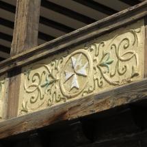 Cruz de San Juan en una fachada de Tembleque
