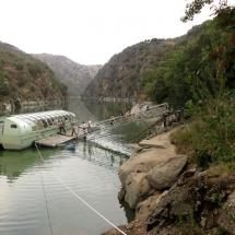 Barco para navegar por el Parque Natural de las Arribes del Duero