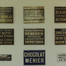 Letreros de fábricas de chocolate de Astorga