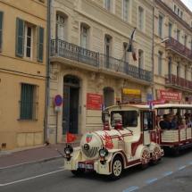 Tren turístico en Narbona