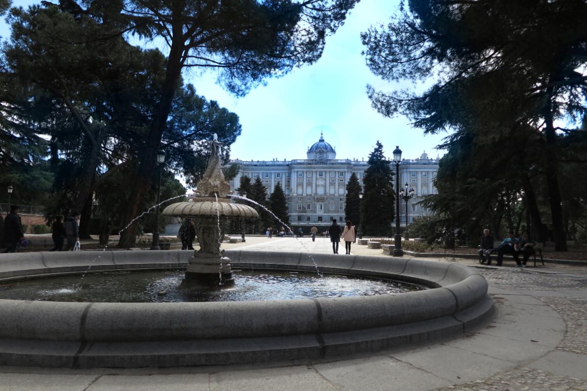 Vista del Palacio Real de Madrid desde los Jardines de Sabatini