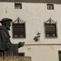 Estatua de Fray Luis de León de Belmonte