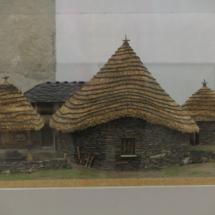 Representación de pallozas en el Museo Provincial de Lugo