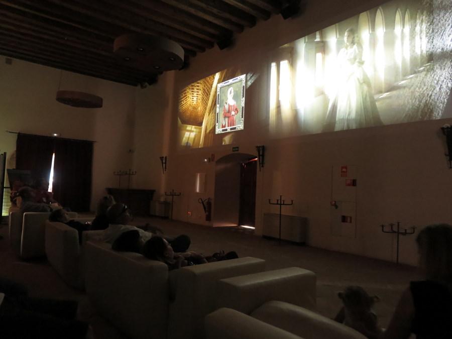 Sala de proyección del Castillo de Belmonte