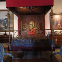 Cama de Eugenia de Montijo en el Castillo de Belmonte