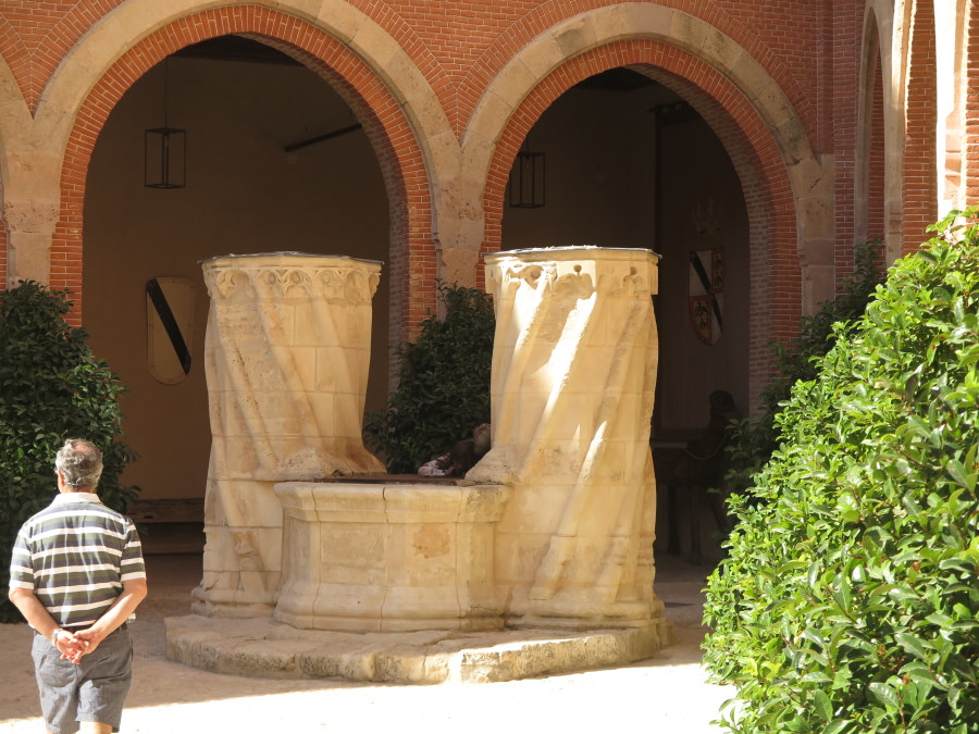 Pozo del Castillo de Belmonte