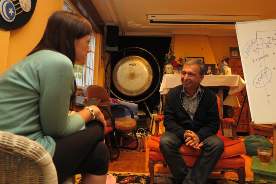 Entrevista a Ramón Leonato, maestro de meditación