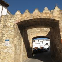 Puerta de la muralla de Belmonte