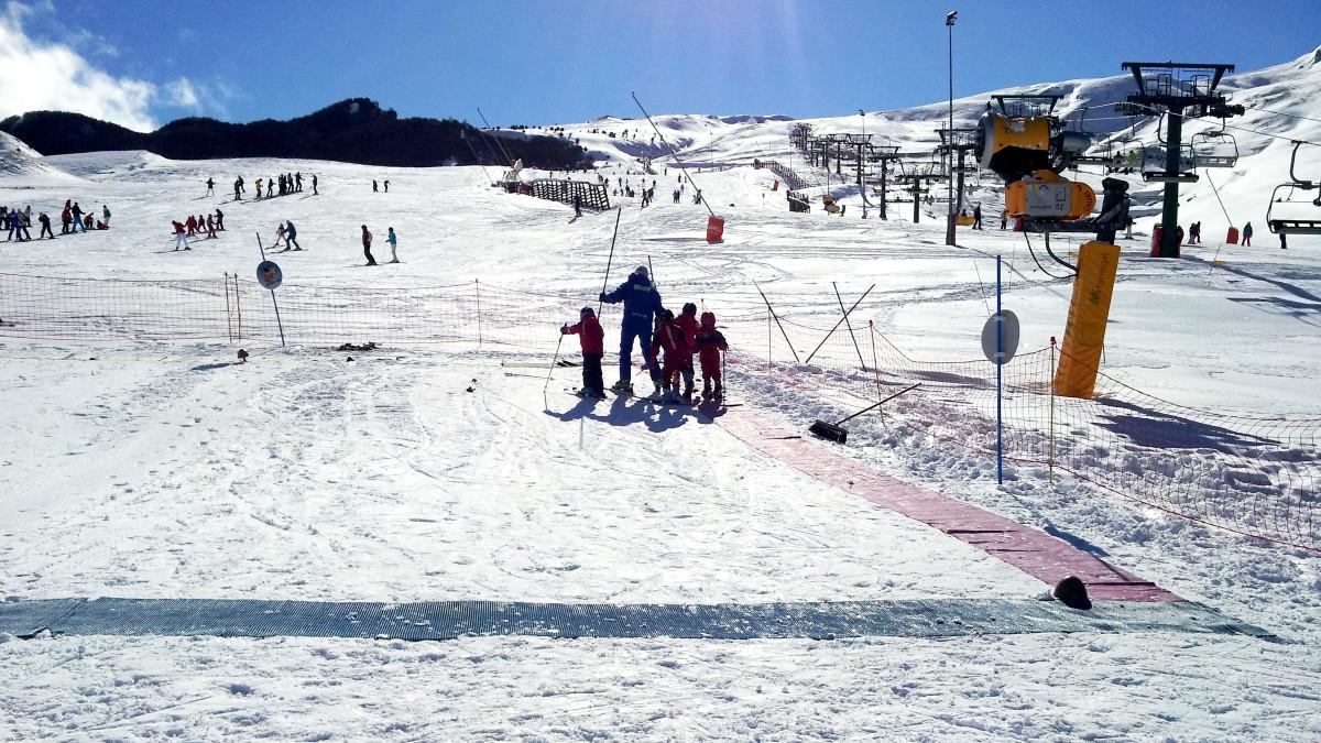 Te contamos cómo son las clases de esquí para peques en Panticosa-Formigal