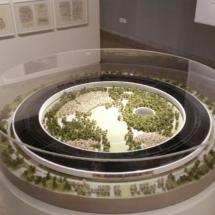 Maqueta de la exposición sobre Norman Foster en Madrid