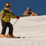 Esquiar con niños: qué ropa comprar