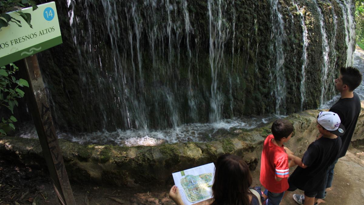 Al entrar en el Parque del Monasterio de Piedra te dan un mapa para guiarte
