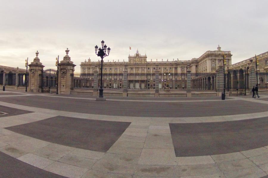 Un simple paseo por el centro también puede ser grabado con la GoPro