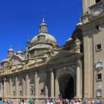 Fachada de la Basílica del Pilar, en Zaragoza