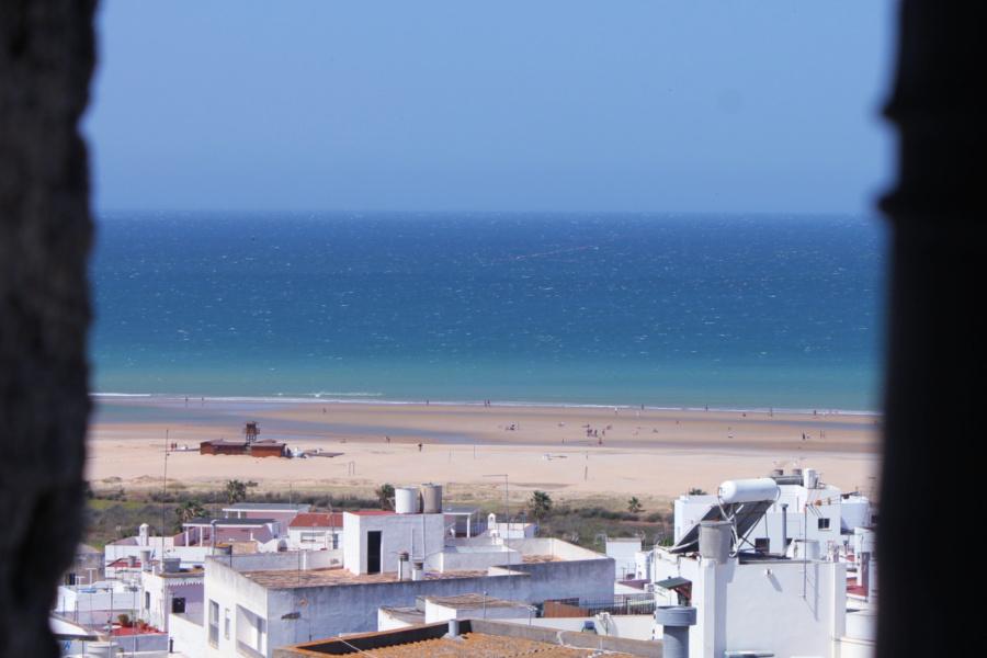 Vista de una playa desde Conil de la Frontera