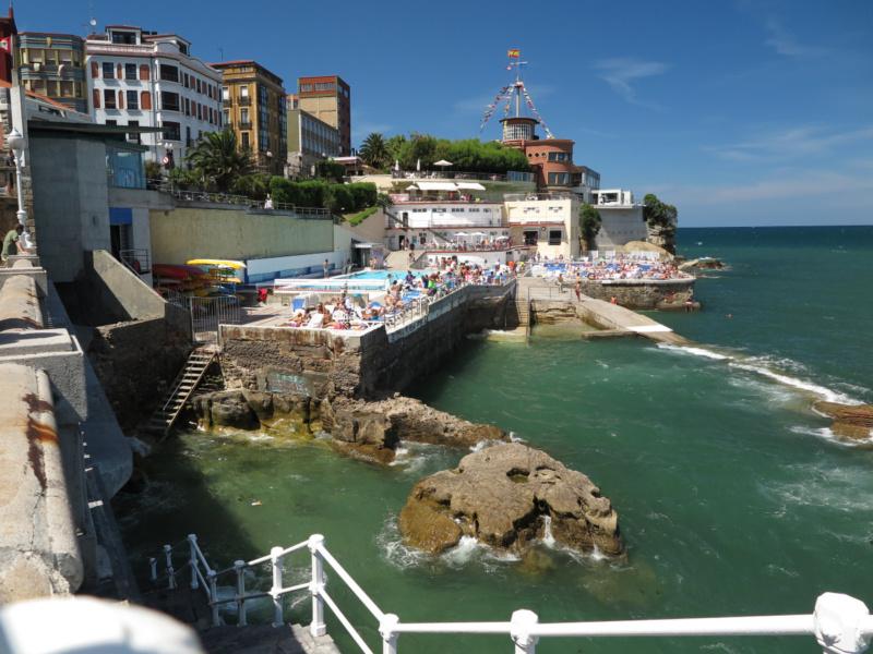 Te contamos cómo son las playas urbanas de Gijón